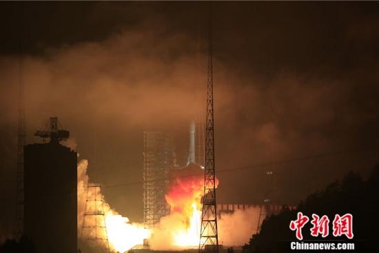 4日0时06分西昌卫星发射中心用长征三号乙运载火箭,成功将亚太6C卫星(APSTAR-6C)送入太空预定轨道。长城公司供图