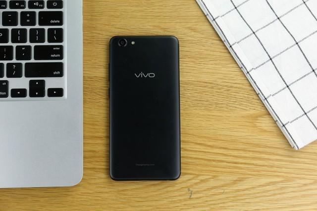 vivo Y71测评 1500元价位全面屏旗舰代表