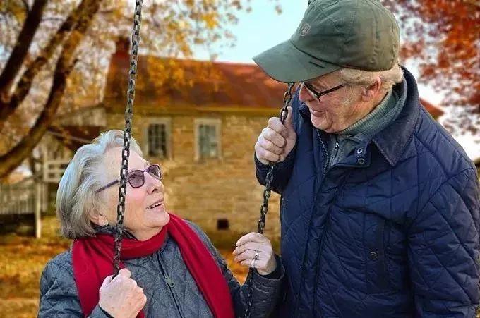 不要等你老了,才发现这些是幸福