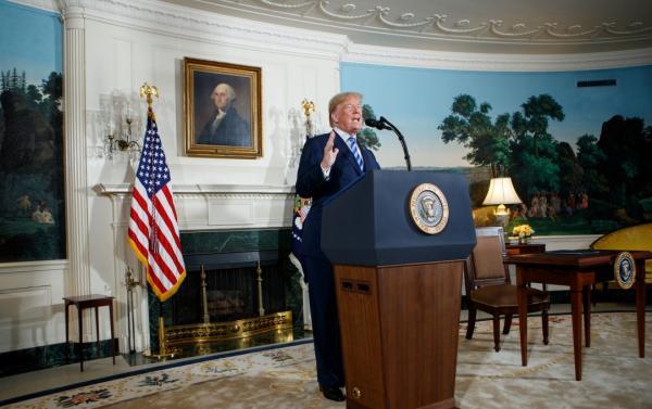 外媒:美国已警告德企勿做伊朗生意