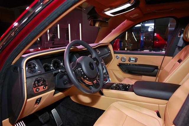 三厢设计高身车型 劳斯莱斯库里南全球首发