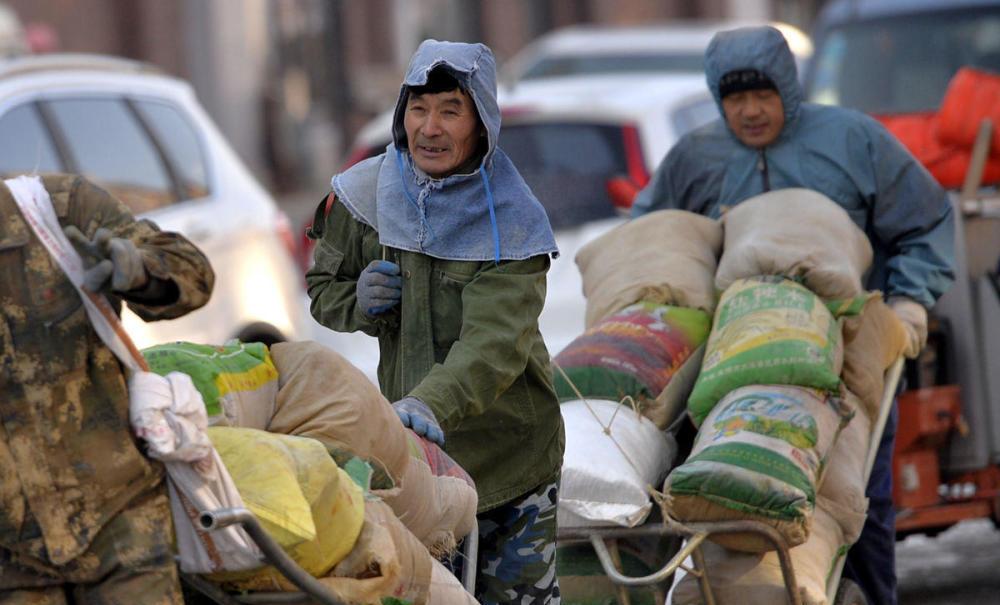 聚焦农民工老龄化:是城市引力大 还是年轻人更顾家?