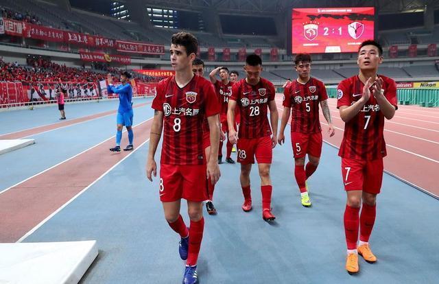 上港国脚在里皮眼底下现业余表现:亚冠比赛停球5米开外