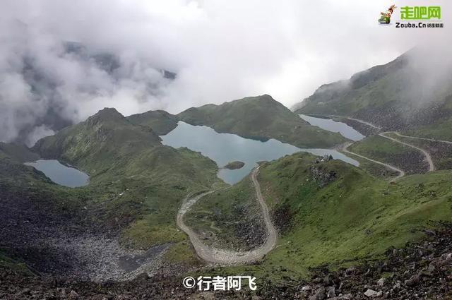 墨脱公路 中国最美的瀑布公路