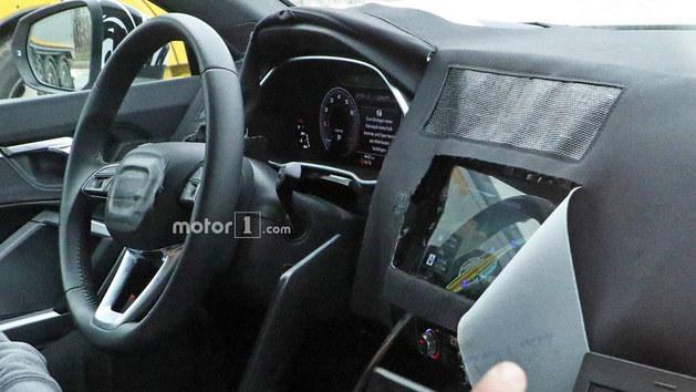奥迪RS Q3测试谍照曝光 或巴黎车展亮相