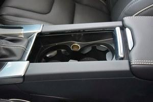 沃尔沃V60现车充足   现金降5.79万