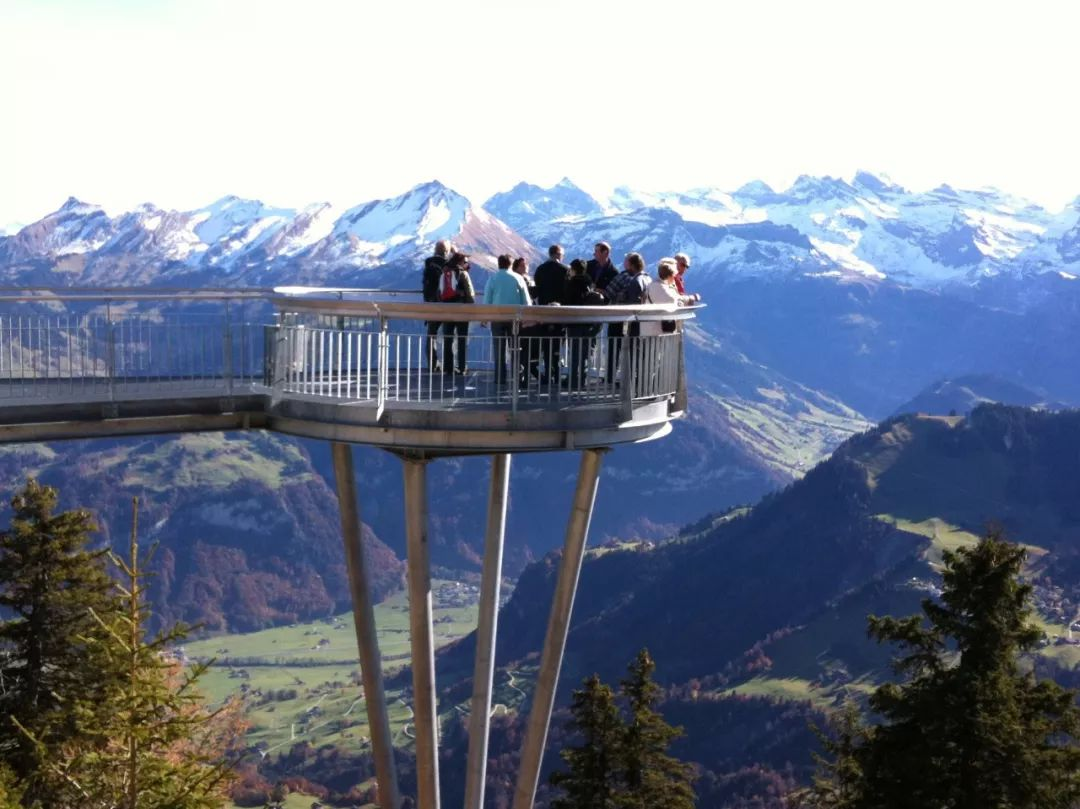 承包瑞士精华景点 欧洲老城想和你来一次浪漫邂逅