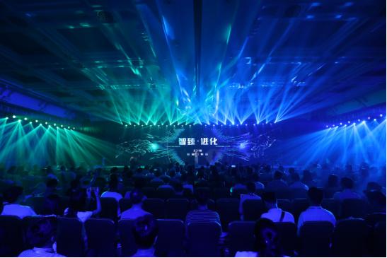 ITOO智能家居发布EDGE 5 全新一代智能中控,