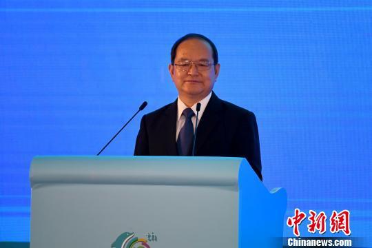 中共广西壮族自治区委书记鹿心社在开幕式上致辞 俞靖 摄
