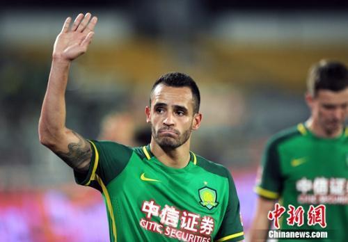 效力于国安的奥古斯托入选巴西队大名单。