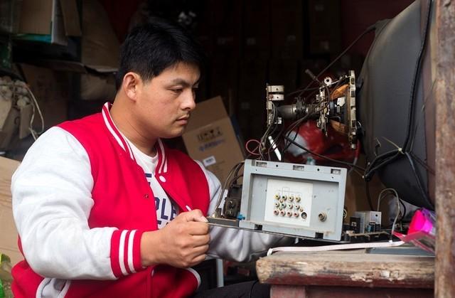 这个故事不苦情 残疾人创业京东家电专卖店的匠心与野望