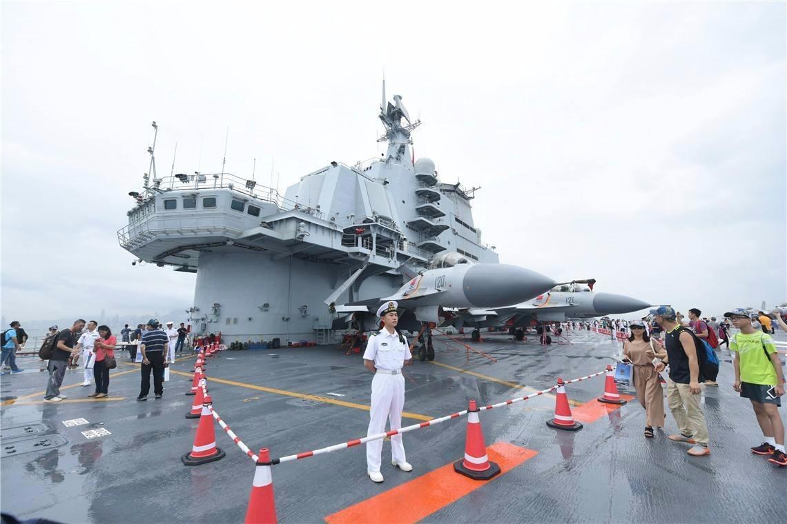 重磅!辽宁舰舰载机夜间起降画面首次公开,作战能力初步形成!