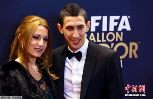 """阿根廷球员迪玛利亚绰号""""天使""""。"""