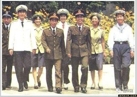 庆我军陆军开通微博,解放军陆军历史军服汇总