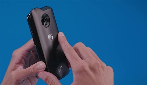 Moto Z3 Play海报流出:将支持5G网络模块