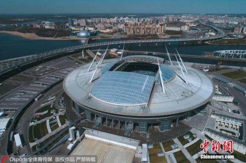 圣彼得堡体育场的设计理念,是让整座球场看上去就像一艘降落到芬兰湾岸边的太空飞船。 图片来源:Osports全体育图片社
