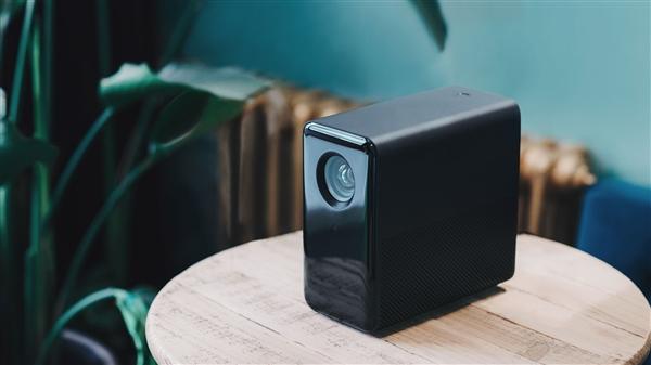 3999元!米家投影仪发布:120寸画面/MIUI TV系统