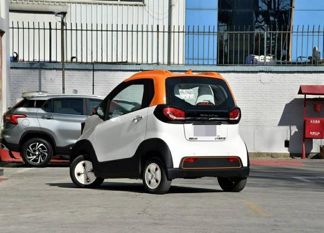 堪称最漂亮微型车,不输奔驰smart!2个座,只卖3万多白菜价