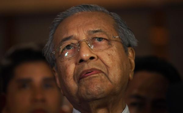 92岁马哈蒂尔强人归来 马来西亚政治版图如何改写