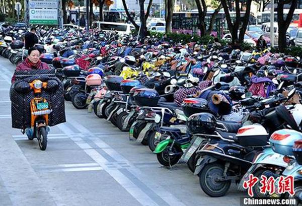 北京今后拟禁售违规轻便摩托车和超标电动自行车