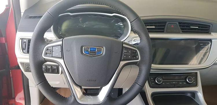 要燃最帅跨界小型SUV吉利帝豪GSe 外观配置大曝光