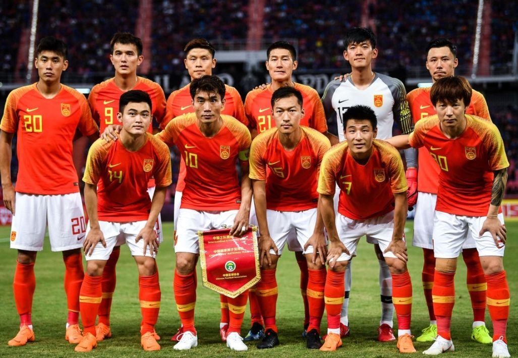 国足客场2比0泰国,郑智百场里程碑,武磊两球颜骏凌也很神