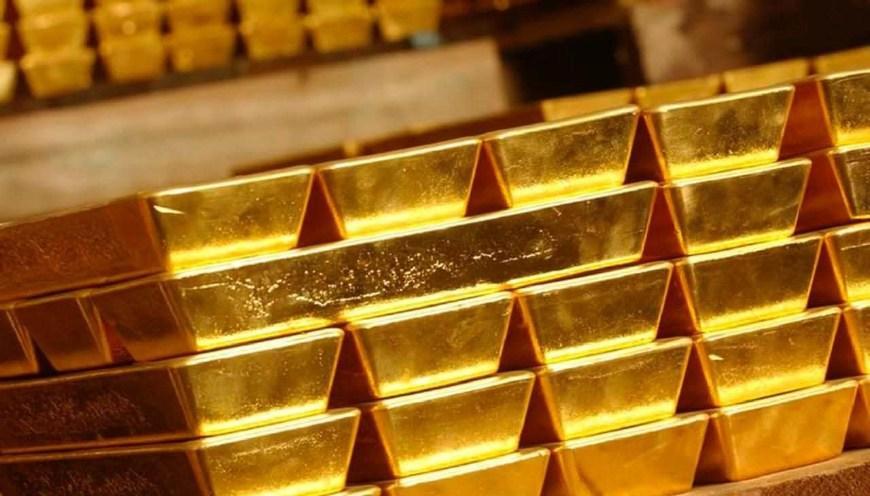 金矿产出的增长将使俄罗斯成为一个黄金出口大国。在过去20年里,俄罗斯黄金开采业的开采量几乎翻了一番。从俄罗斯黄金生产商联盟的数据可以看出,过去的10年里,俄生产商开采了共计2189吨黄金。去年,俄罗斯的黄金产量就达到了880万盎司,占全球总产量的8.3%。