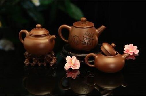 紫砂为壶,成为茶道文化中最为雅致与高贵的韵味。_紫砂壶-紫砂-韵味-茶道-艺术