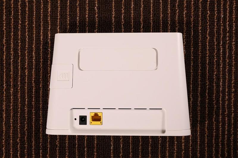 插卡就能用!华为4G路由 2评测:支持全网通