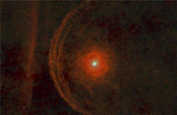 将已知宇宙最大星球放在离地球1光年的位置, 将
