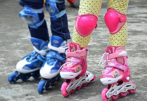 上海抽检一号店、国美销售的轮滑鞋,近半数为