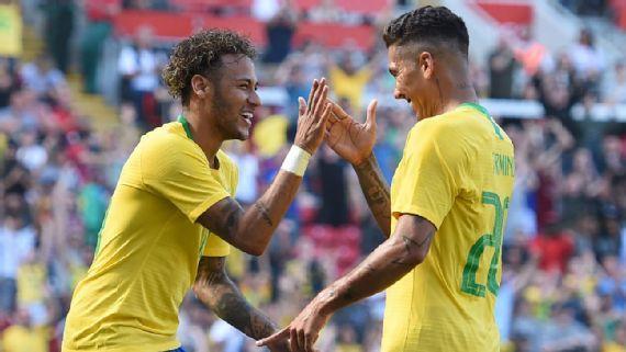 贝利:不能只靠内马尔 巴西尚未成为一支球队