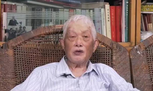 江苏省军区原司令员甄申逝世 上甘岭率部歼敌1500余人