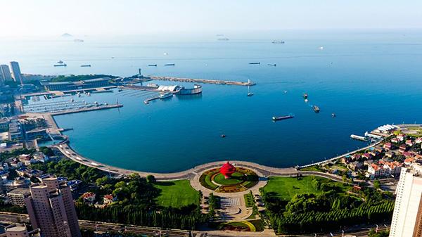 人民日报钟声:青岛峰会为世界注入强大正能量