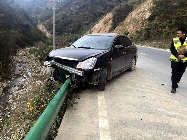 开车四年零事故,小编传授另类安全驾驶小技能,牢记开车更安全