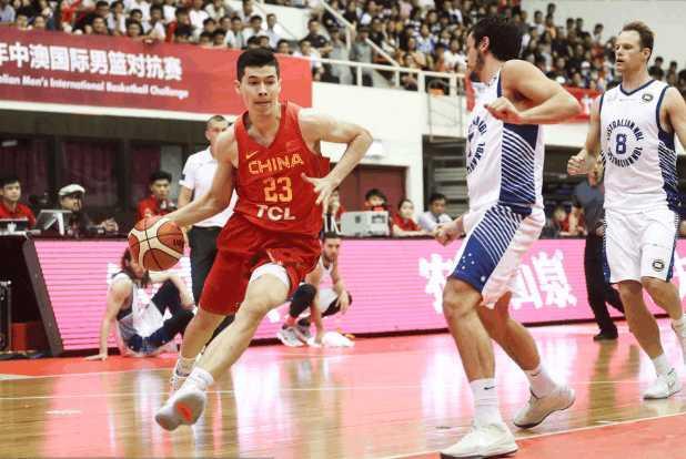 超新星在国家队又成大腿 新疆要重用他 有潜力去NBA