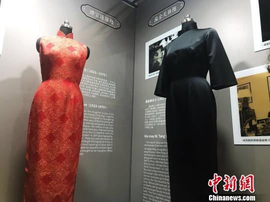 谭宝瑾旗袍及温金美旗袍。 王子涛 摄