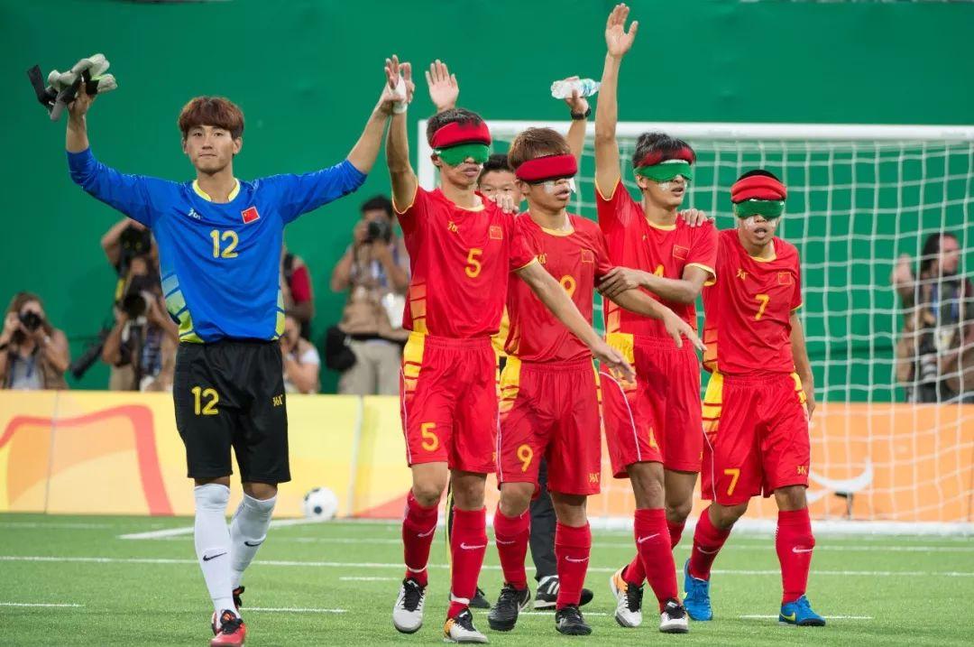 他们从没见过足球,却踢进了世界杯决赛
