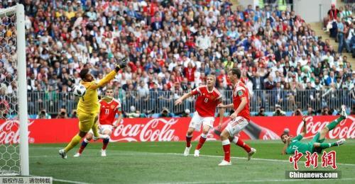 加津斯基为俄罗斯先拔头筹。