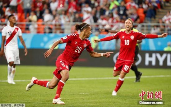 北京时间6月17日凌晨,俄罗斯世界杯C组首轮秘鲁队在萨兰斯克的莫多维亚球场对阵丹麦。