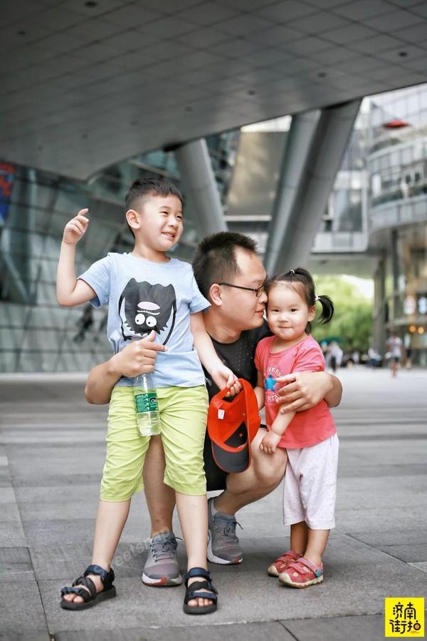 父亲节街拍时尚奶爸!家有这样的爸爸,真的好幸福!