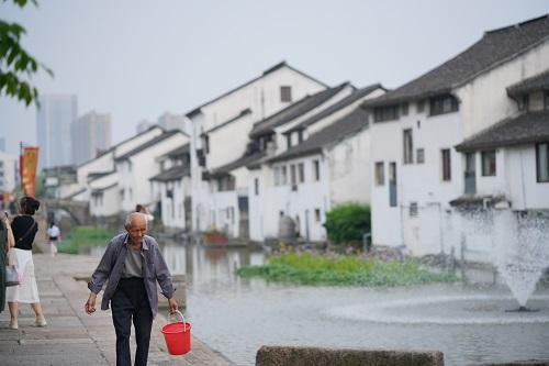 2018杭州运河随手拍活动一等奖作品《历史长河》。陆朔辰摄