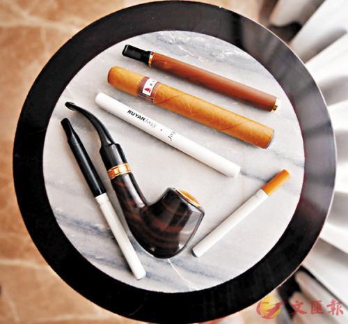 专家称,电子烟同样会令人上瘾和致癌。图片来源:香港《文汇报》