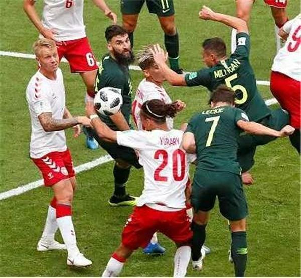 """世界杯""""最受裁判关照球队""""诞生!2轮获赠2点球"""