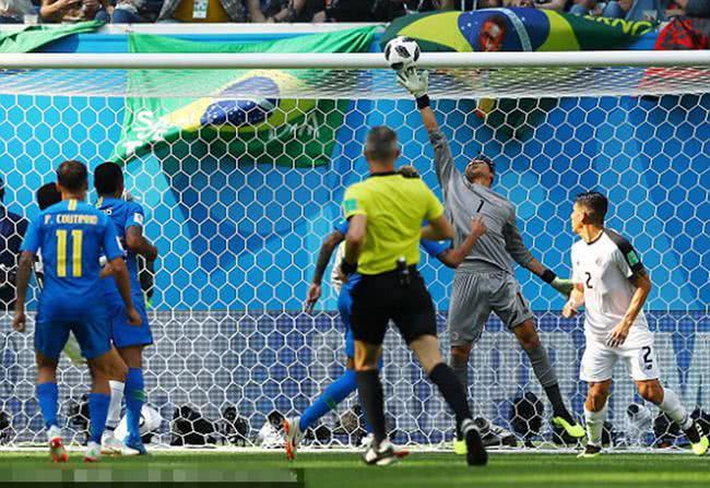 他曾凭一己之力带队杀入八强 死磕巴西虽负却可昂首离开