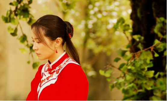 为什么文艺男中年都爱俞飞鸿?