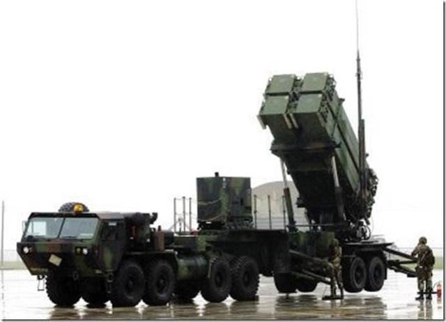 美国再下杀手,要将俄罗斯军工业踢出印度市场,爱国者取代S400