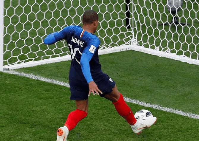 法国队拿下秘鲁提前出现,赛后德尚言论验证法国有夺冠希望
