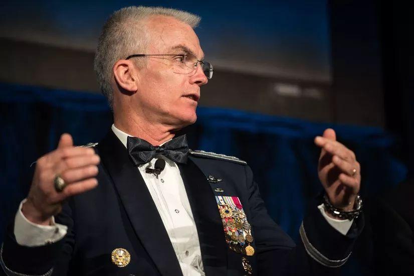参联会副主席警告:再不行动_中国军事技术就要超越美国啦!