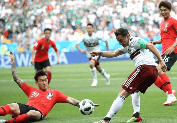 小豌豆破门墨西哥迎两连胜出线在即,韩国总统目睹球队完败